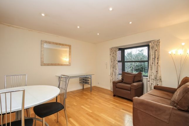 Thumbnail Flat to rent in Banbury Road, Oxford