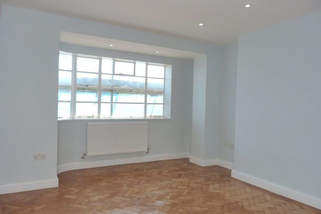 Thumbnail Flat to rent in Oman Avenue, London