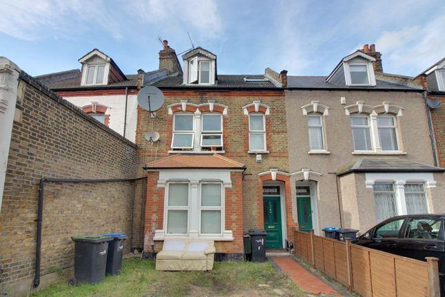4 bed flat for sale in St. Marks Road, Enfield EN1