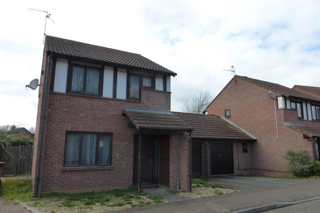 Thumbnail Property to rent in Woodhall Rise, Werrington, Peterborough