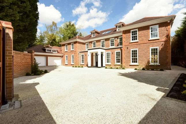 Thumbnail Detached house for sale in Rogers Ruff, Northwood, Middlesex