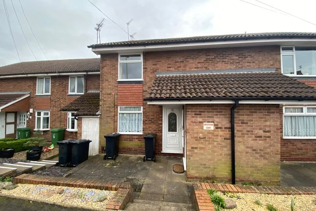 Picture No. 05 of Grosvenor Court, Grosvenor Road, Lower Gornal, West Midlands DY3
