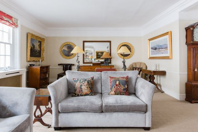 Thumbnail Town house to rent in Eaton Mews South, London