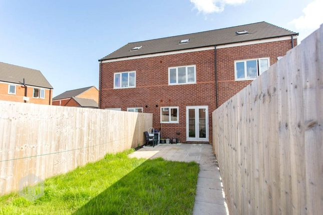 Picture No. 16 of Helmsley Close, Newton-Le-Willows, Merseyside WA12