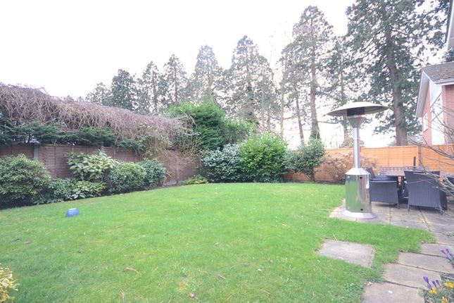 Thumbnail Detached house to rent in Ravenstone Road, Camberley