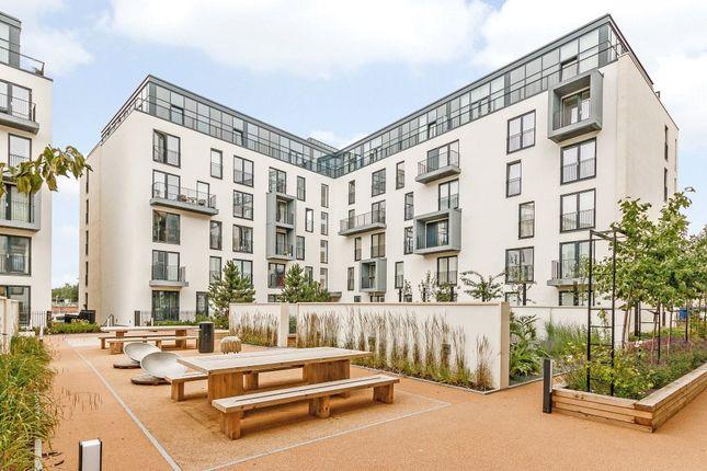 Thumbnail Flat to rent in Alexandra House, Midland Road, Bath, Somerset