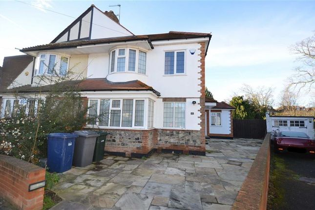 Thumbnail Property to rent in Oak Tree Drive, London
