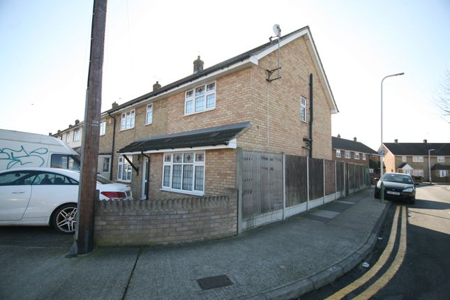 Thumbnail End terrace house to rent in Mungo Park Road, Rainham