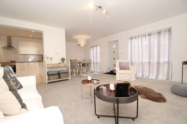 Thumbnail Flat for sale in Kingston Road, Portsmouth