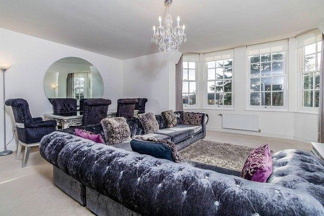 3 bed flat for sale in Chapel Drive, Dartford DA2