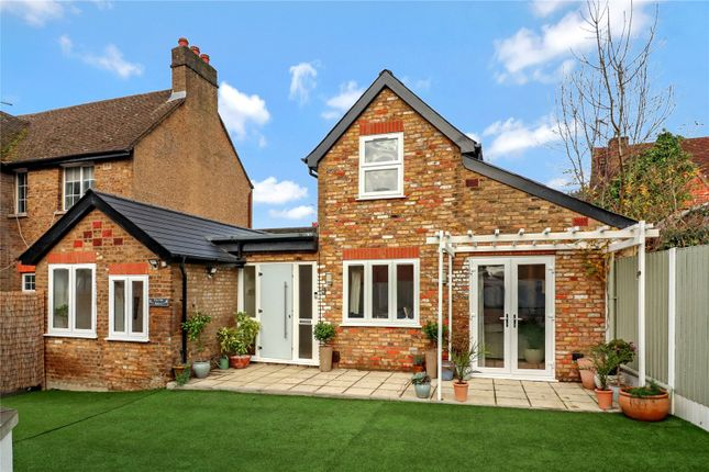 2 bed detached house for sale in Old Mill Road, Hunton Bridge, Kings Langley WD4