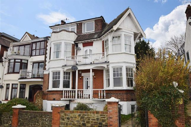 Thumbnail Flat for sale in Grand Parade, Leigh-On-Sea, Essex
