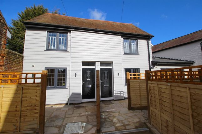 Thumbnail Mews house for sale in Worplesdon Road, Guildford