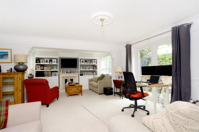 Thumbnail Detached house for sale in Stoneham Close, Petersfield
