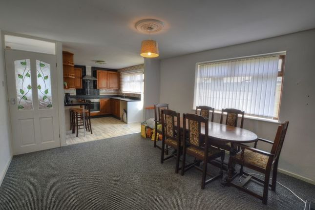 Photo 7 of Chandra Place, Blakelaw, Newcastle Upon Tyne NE5