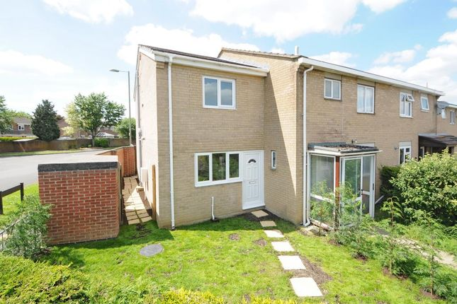 Thumbnail End terrace house to rent in Calves Close, Kidlington