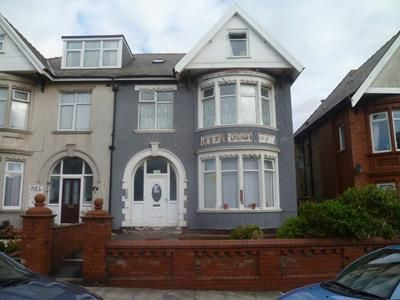 Thumbnail Commercial property for sale in 16 King Edward Avenue, Blackpool