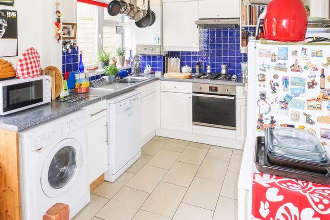 Kitchen of Boundstone Lane, Lancing BN15