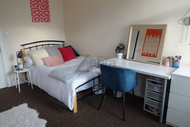 3 bed flat to rent in Lower Parliament Street, Nottingham NG1