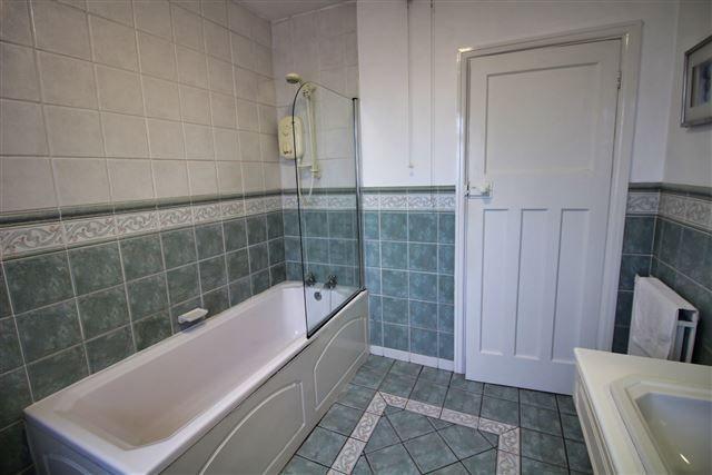 Bathroom of Cardoness Road, Crosspool, Sheffield S10