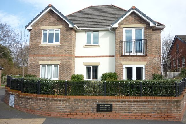 Thumbnail Flat to rent in Bromborough Road, Bebington, Wirral