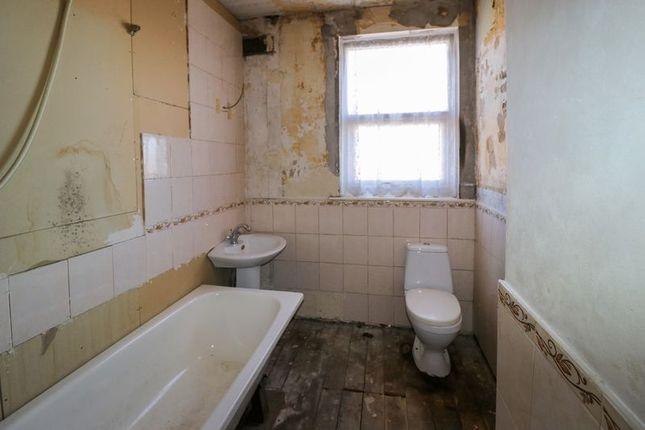 Bathroom of Wolsley Road, Blackpool FY1