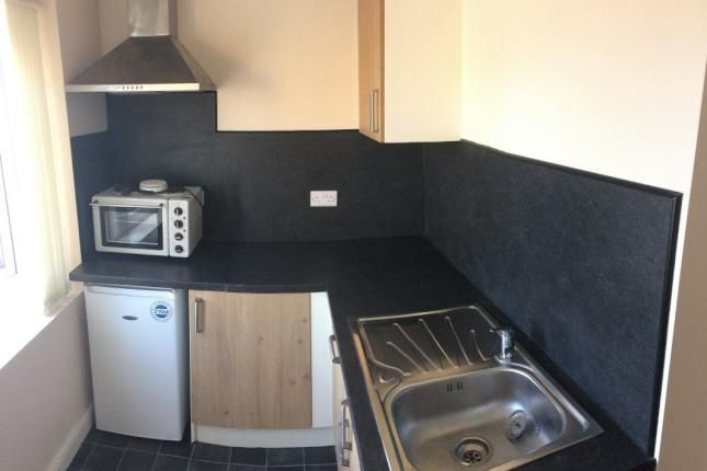 Thumbnail Flat to rent in Jessop Street, Castleford