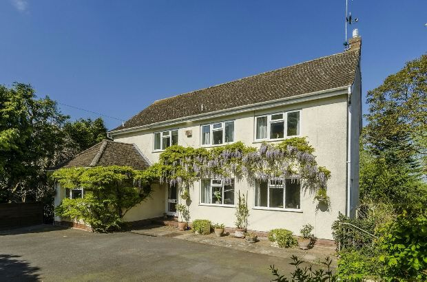 Thumbnail Detached house for sale in St. Peters Road, Malvern