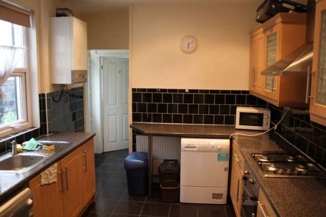 4 bed terraced house to rent in North Road, Cathays, Cardiff CF10