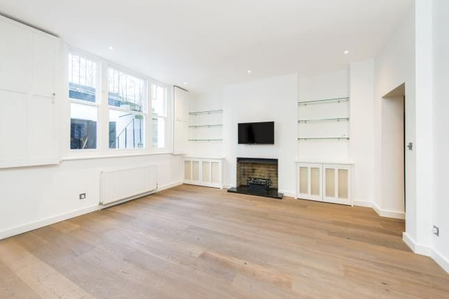 Flat to rent in Cambridge Street, London
