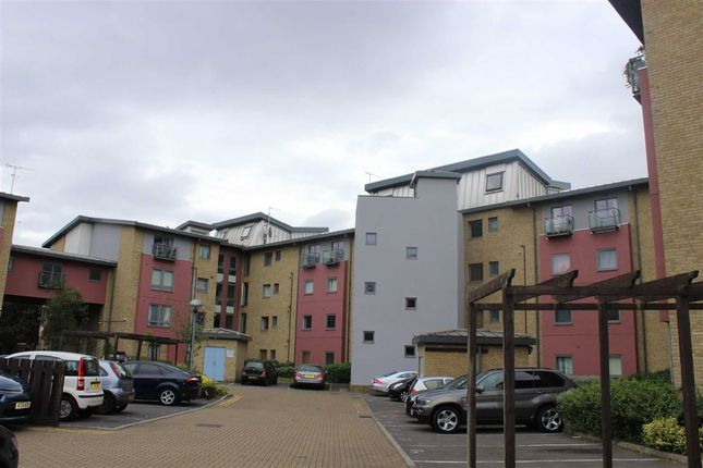 Thumbnail Flat to rent in Crown Close, Winkfield Road, London