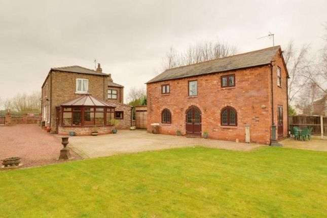 Thumbnail Detached house for sale in High Street, Luddington, Scunthorpe