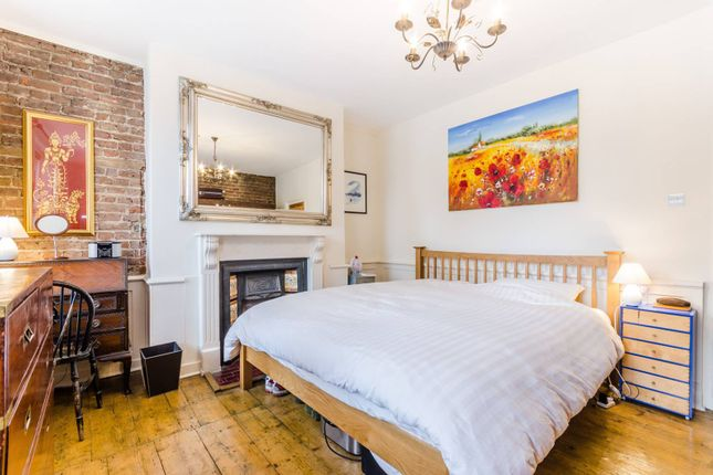 Thumbnail Terraced house for sale in Hoxton Street, Hoxton