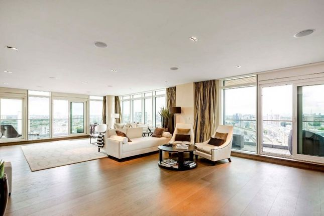 Thumbnail Flat to rent in Ascensis Tower, Battersea Reach