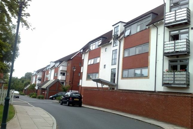 Thumbnail Flat to rent in Woodbrook Grove, Birmingham