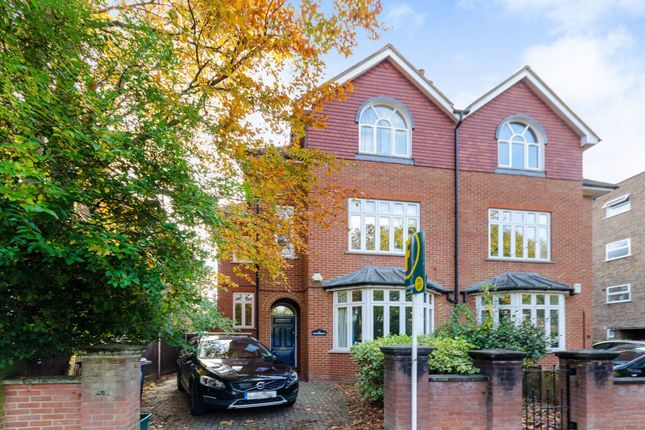Thumbnail Semi-detached house to rent in St Andrews Square, Surbiton