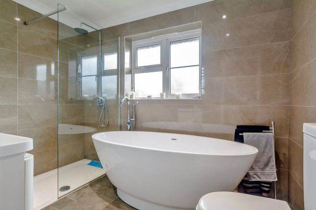 Family Bathroom of Old Bath Road, Charvil, Berkshire RG10