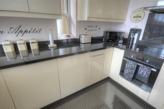 Kitchen of Hall Park Road, Hunmanby, Filey YO14