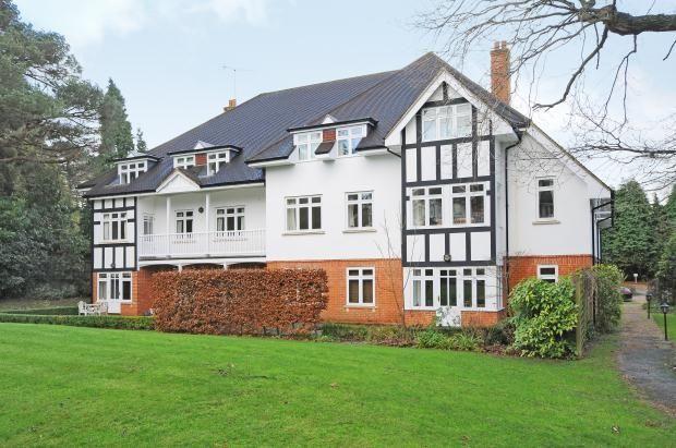 Thumbnail Flat to rent in Pembury Road, Tunbridge Wells