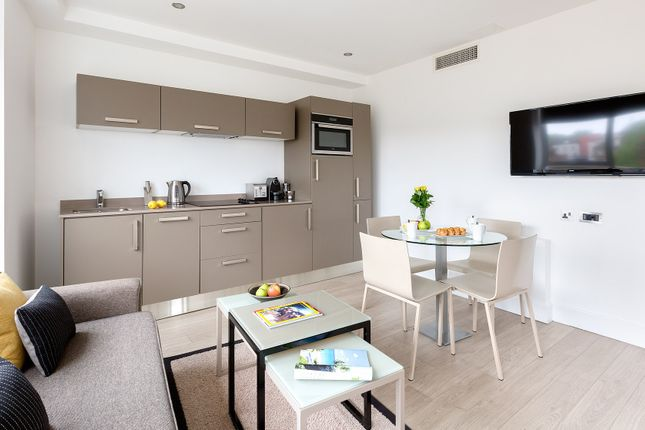 Thumbnail Flat to rent in Spa Green Estate, Rosebery Avenue, London