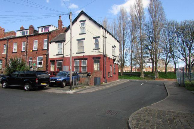 3 bed terraced house for sale in Buslingthorpe Lane, Leeds