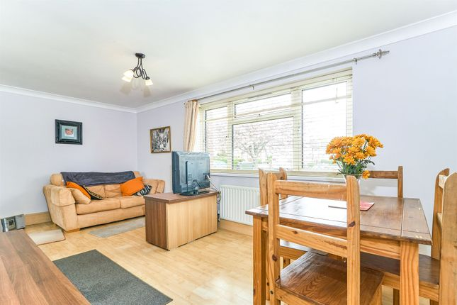 Flat for sale in Shrewsbury Road, Plymouth