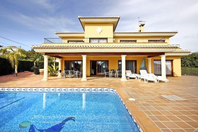 6 bed villa for sale in Calpe, Alicante, Spain
