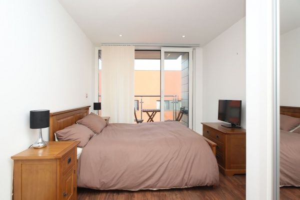 Thumbnail Flat for sale in The Oxygen, Western Gateway, Royal Victoria