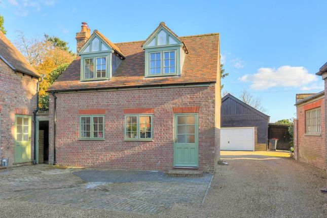 Cottage to rent in Barwythe Hall, Studham, Bedfordshire