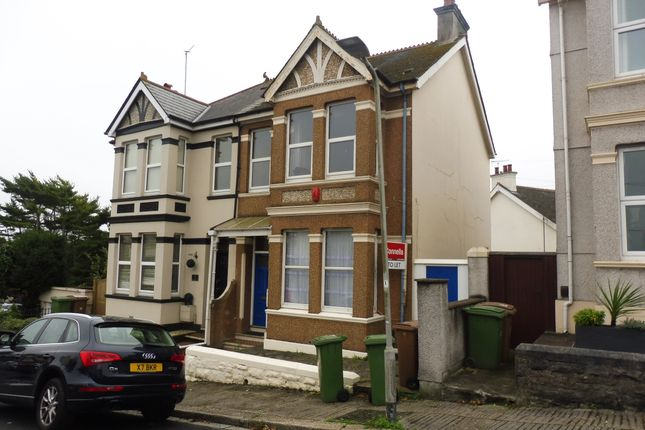 Thumbnail Flat to rent in Beauchamp Crescent, Plymouth