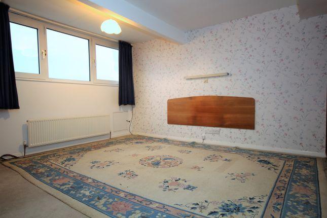 Bedroom 1 of Whitefield Road, Penwortham, Preston, Lancashire PR1