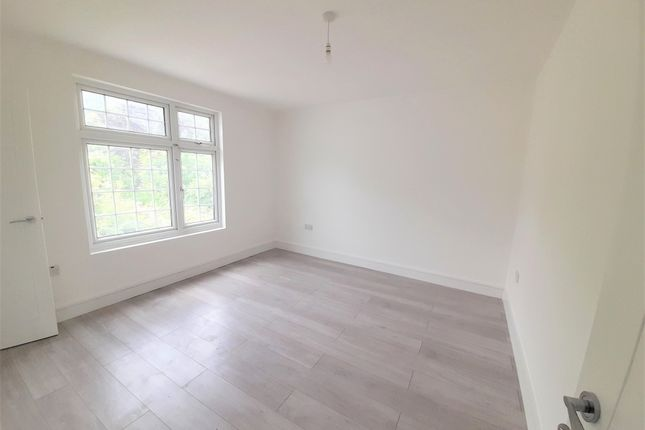 Thumbnail Terraced house to rent in Princes Avenue, Greenford, Greater London