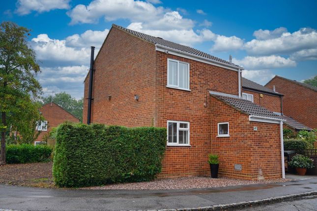3 bed link-detached house for sale in Granes End, Great Linford MK14