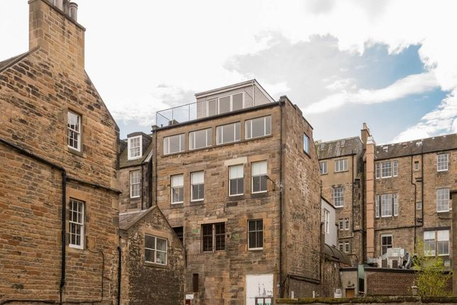 Thumbnail Flat to rent in Young Street Lane South, City Centre, Edinburgh